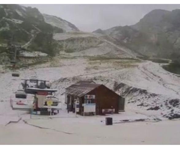 Сняг изненада черноморски курорт! ВИДЕО