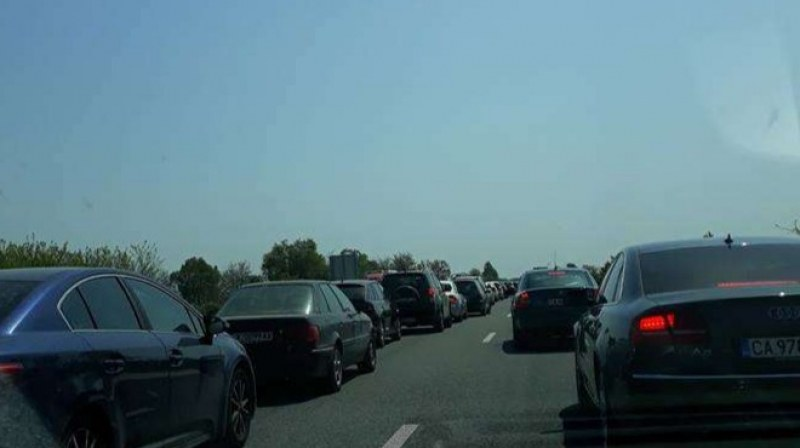 Жена изхвърча от кола след катастрофа на АМ Тракия край Пловдив, отклоняват движението