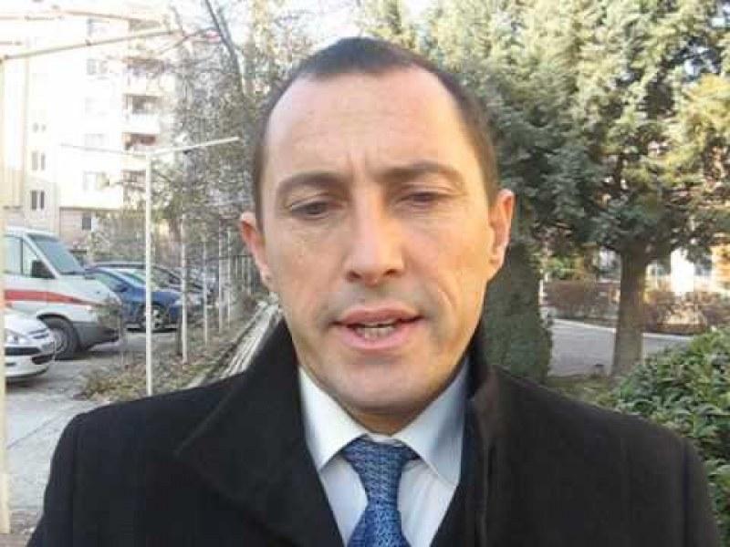 Ральо Ралев излезе от ареста, платил си гаранцията – 150 бона!