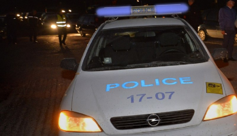 Бой, стрелба, счупени стъкла в ромската махала на Кюстендил