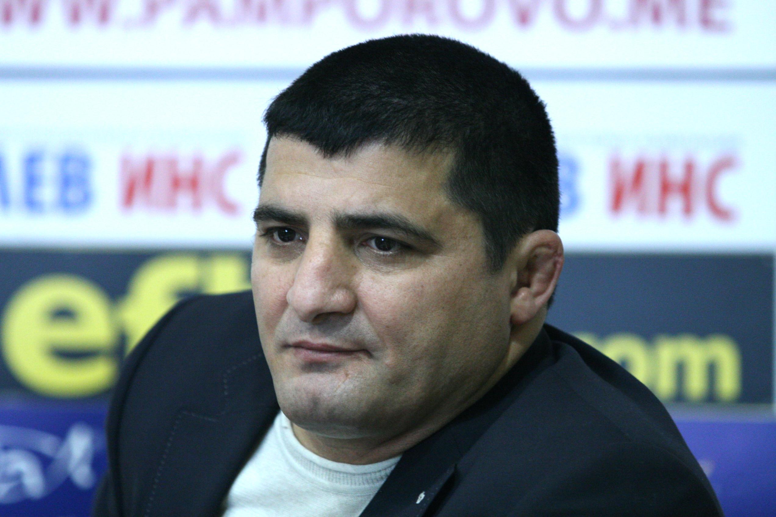 Армен Назарян учуден: Подпис? Не съм подкрепял за кмет Мая Манолова!