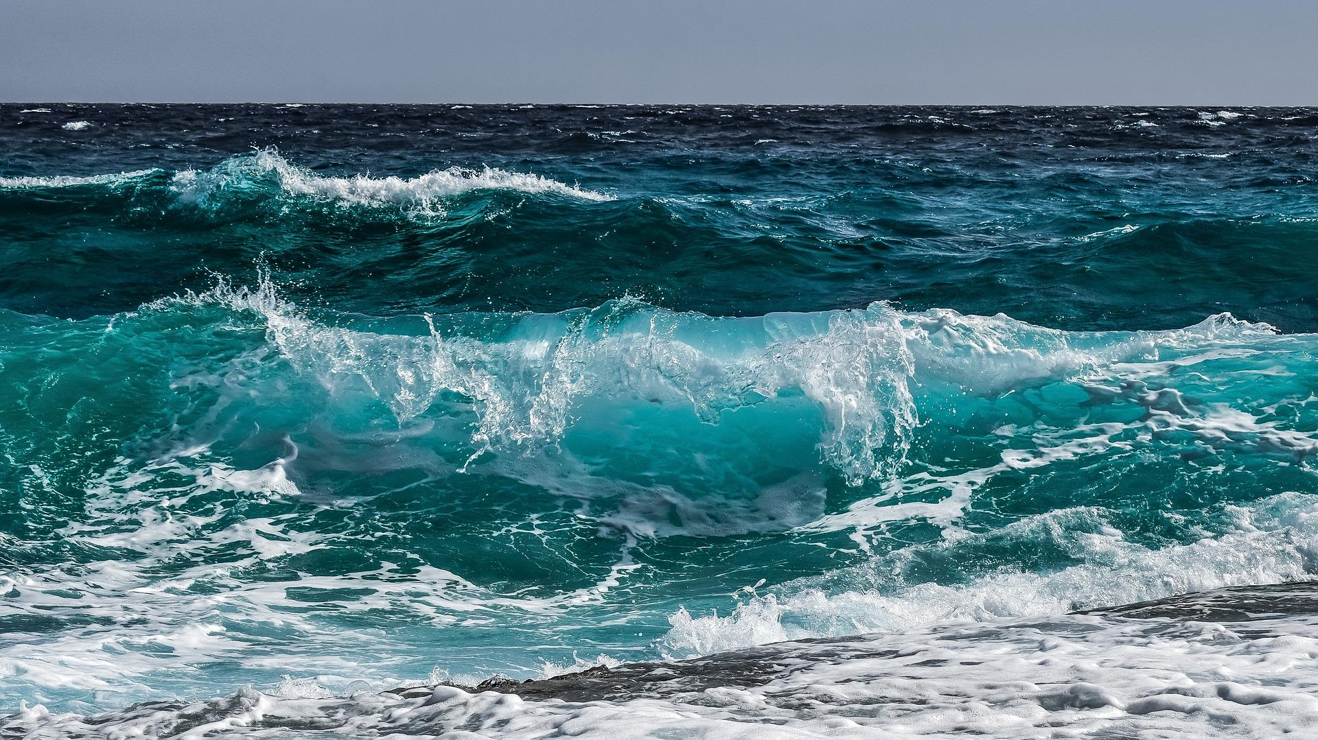 Черно море взе още 2 жертви! Руснак и украинец се удавиха заради мъртво вълнение