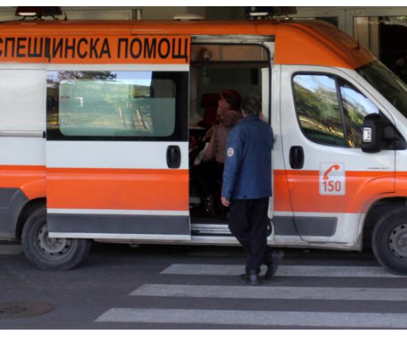 Рязко спиране в градския транспорт в Пловдив – три жени на пода, две са в болница