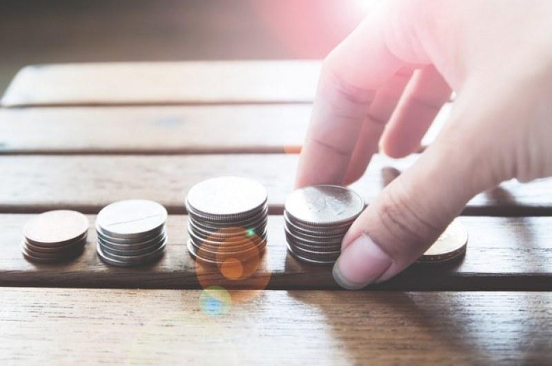 Средният осигурителен доход за юли се увеличи с над 5 лева! Стигна 974 лв.