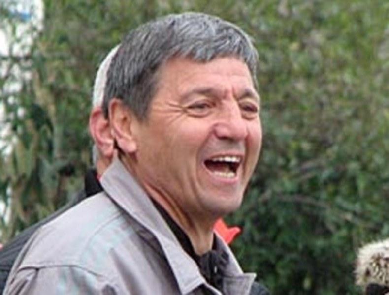 Легендарният халф Петър Зехтински чукна 64! Честито!