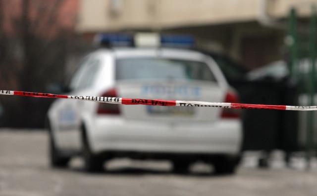 Моторист, бягащ от проверка в Свищов, помете полицай, патрулка…