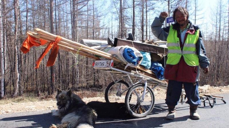Русия арестува шаман, тръгнал да прави екзорсизъм на… Путин