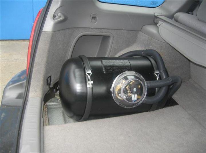Колко опасни са неизправните газови бутилки на автомобилите?