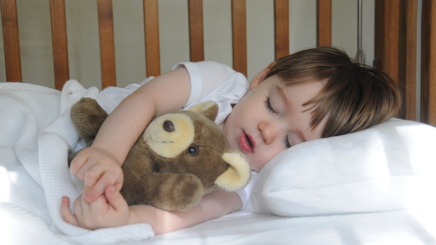 7 причини, за да си лягат децата навреме