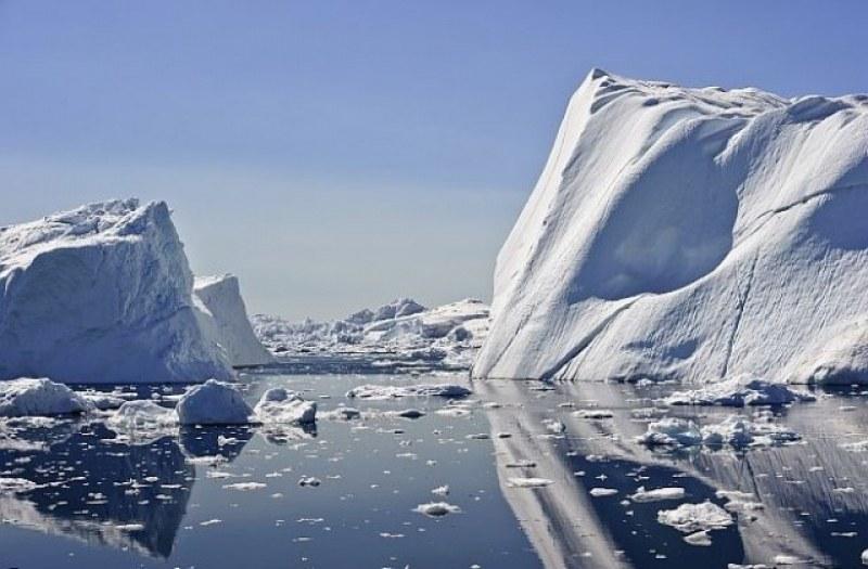Швейцарци погребаха ледник! Организираха погребално шествие