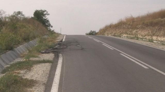 Път край Русе пропадна – само три месеца след ремонта му!