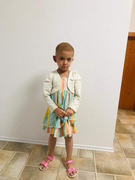 Да помогнем на Ева! 5-годишното слънчице води битка с коварна болест