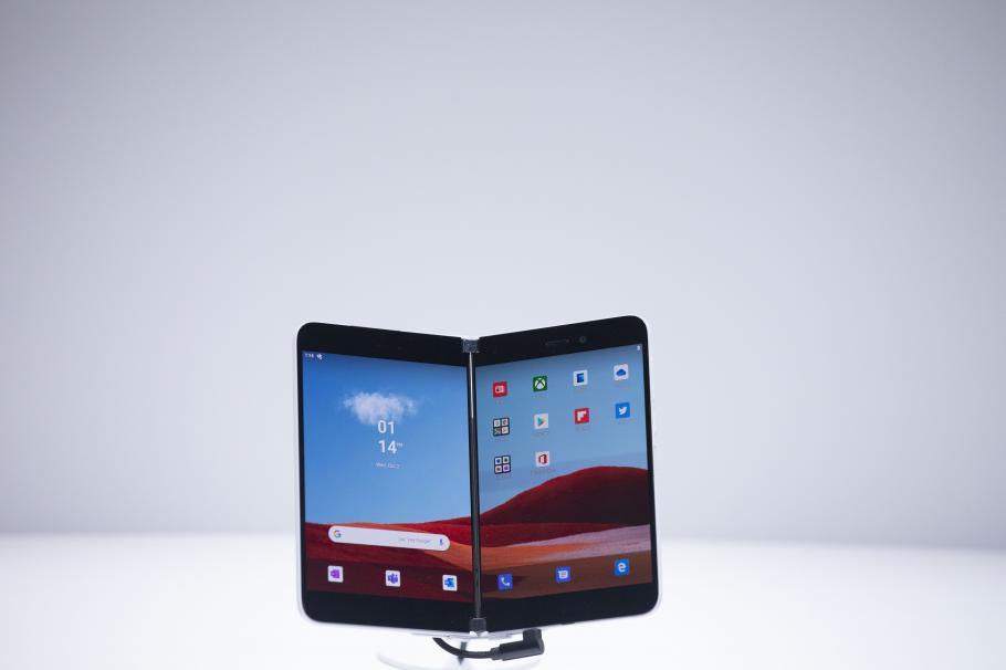 Microsoft изненада tech света – сгъваем смартфон и таблет с двоен екран