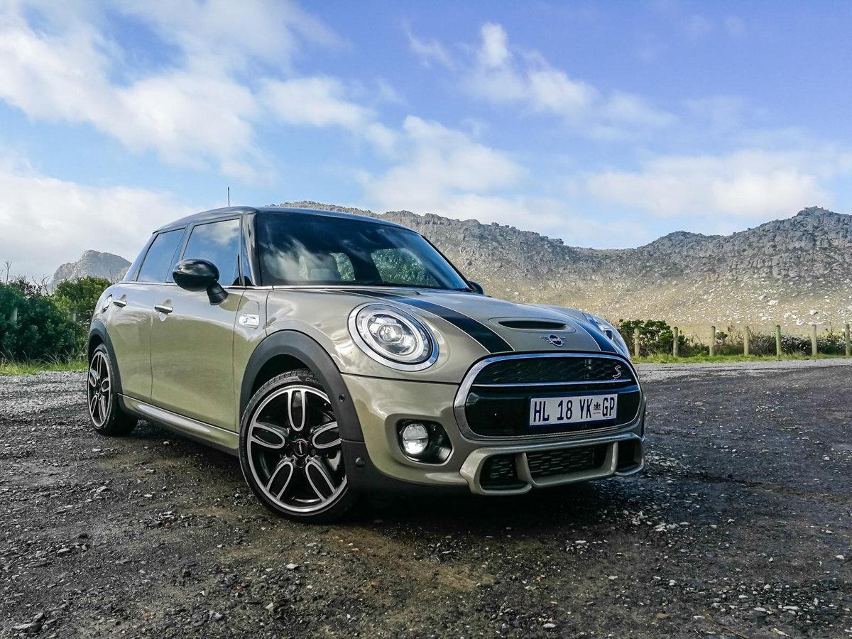 Mini се смалява, колко още? 5 г. ще вървят на бензин, после – само електрички!