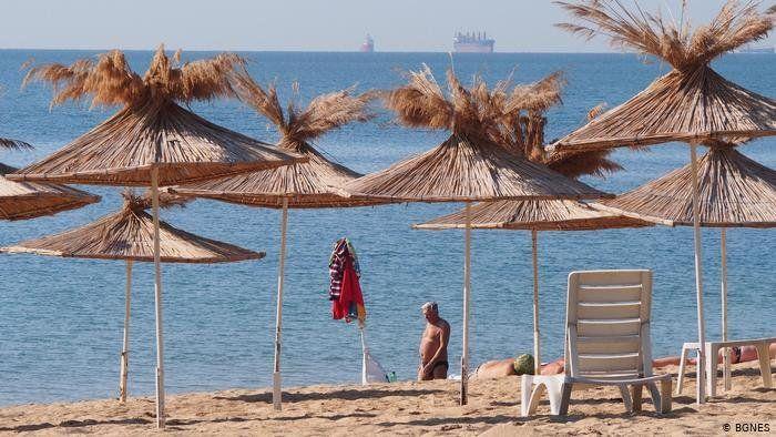 Туризмът у нас – пред криза? Фалити на туроператори, а сезон 2020 е на карта!