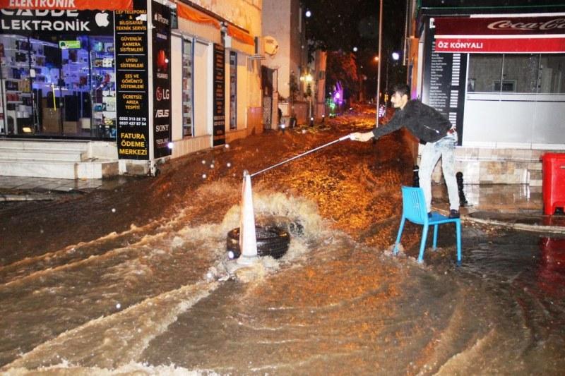 Евакуираха българи от турски хотели заради силна буря в Бодрум ВИДЕО