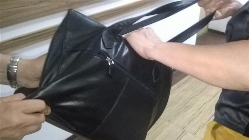 Двама издебнали жена и я ограбили във Варна, разделили
