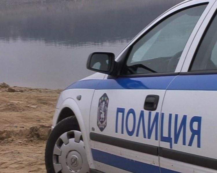 Откриха труп на издирван възрастен мъж в язовир край Хасково
