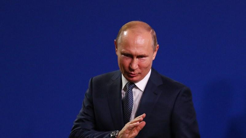 Путин подписа указ за скок на заплатата си и тази на Медведев. Колко ще взимат?