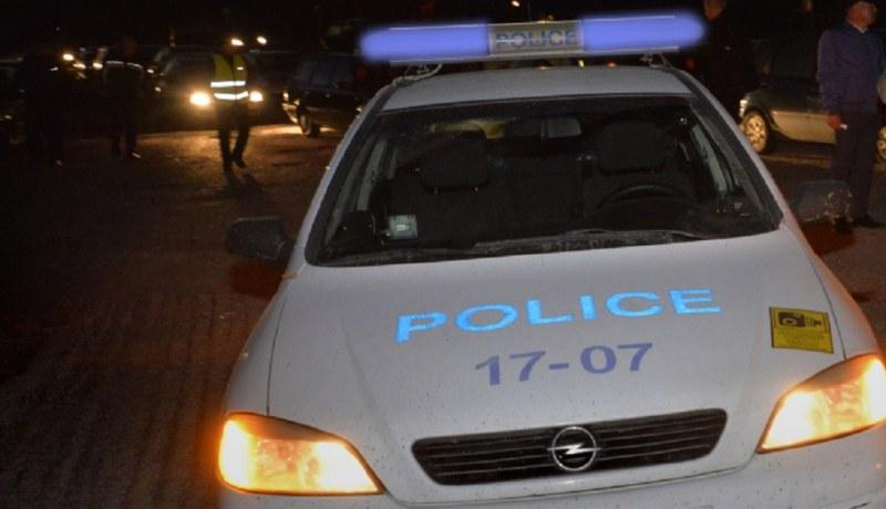 Куршум в главата! Мъж откри жена си мъртва в колата им в София!