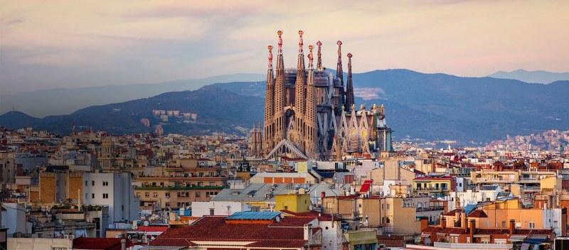 Моята луда ваканция! Почти бездомни в Барселона и жертви на... хлебарки