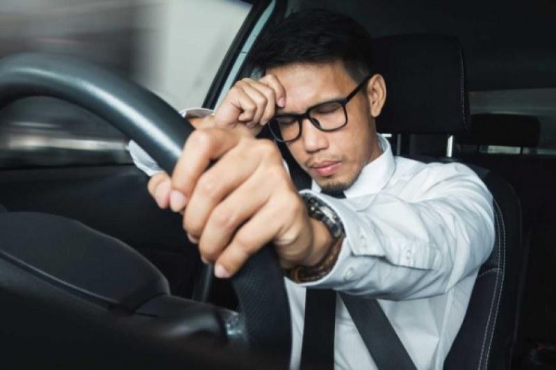 Карате с часове, зле ви е! Кое в колата най-често разболява шофьорите?