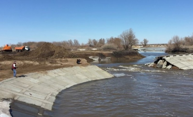 Кошмар в Красноярск! Дига на река се скъса и погуби шестима, 14 са ранени