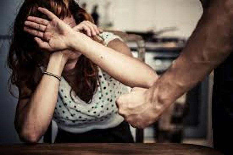 За 1 година – 33 убити жени от партньори или членове на семейството в страната ни