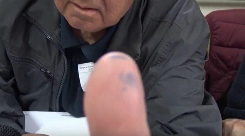 Белязаните: Това е просто химикал!? Оправданията на членове на СИК в Пловдив