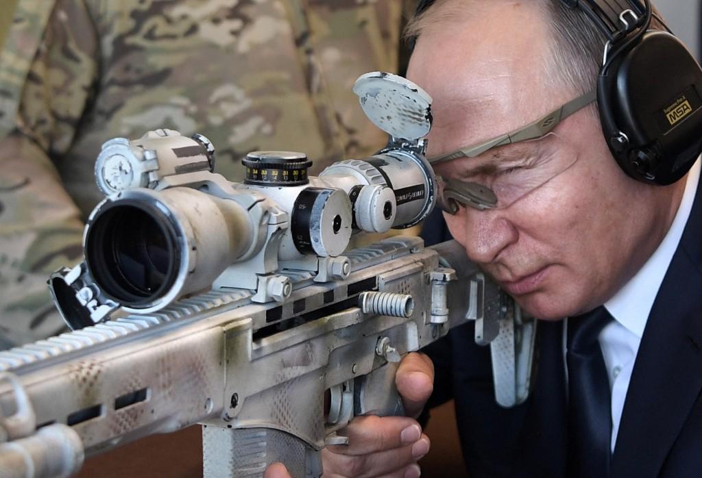 Путин се пъчи с руските оръжия: Без аналог са! Никого не заплашваме!