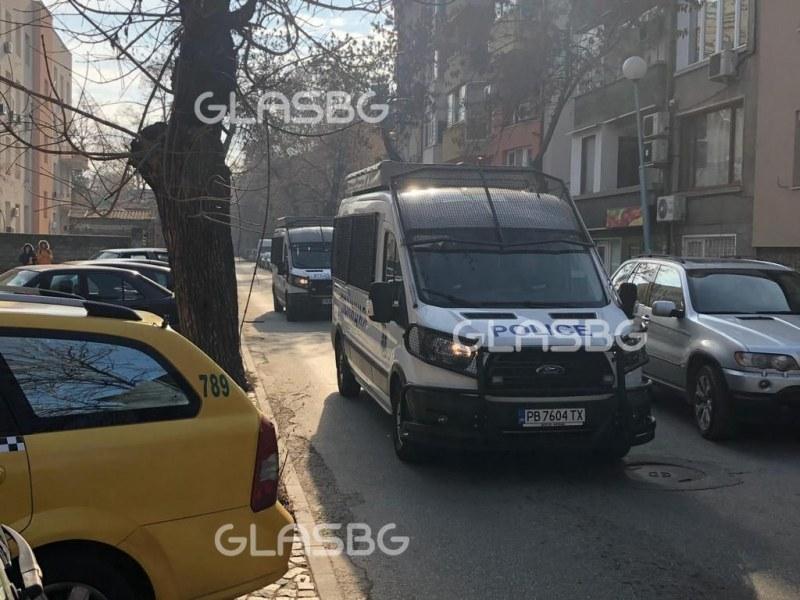 Метамфетамини, амфети... везни! 7 арестувани по време на сделка в Пловдив!