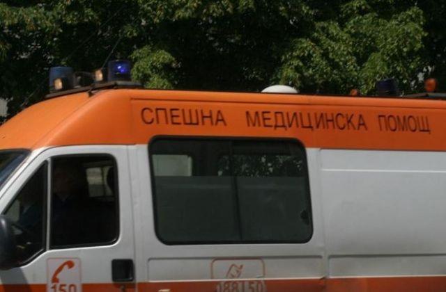 Бой между съученички във Варна! 17-годишна - в болница