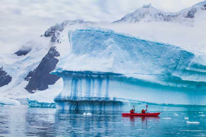 Гражданство в ледена Антарктида? Ето кой може да вземе