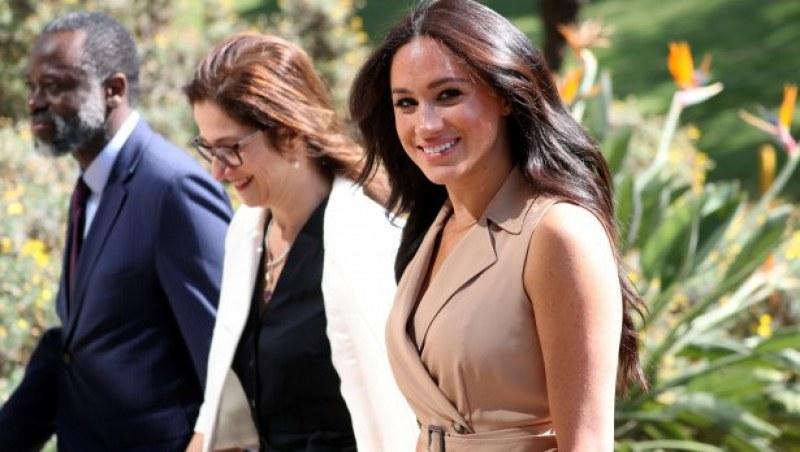 Меган пази корема си с ръце! Задава ли се ново кралско бебе?