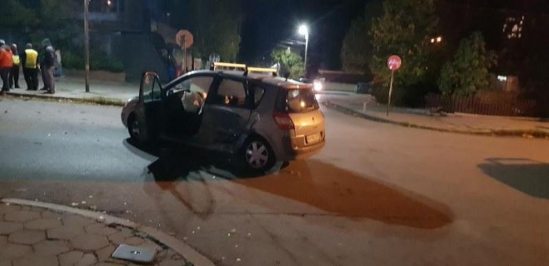 Ученик помете с кола семейство в Кюстендил. Мъж и жена берат душа!
