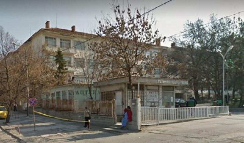 Пиле с каша? 20 деца с хранително натравяне влязоха в болница в Ямбол