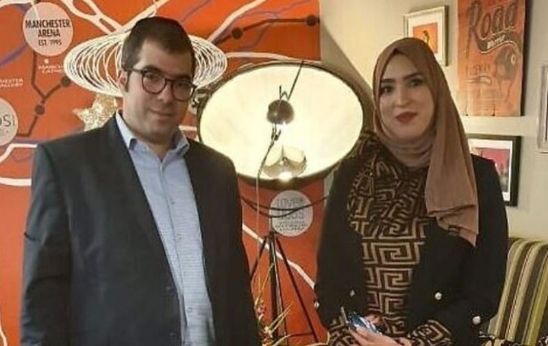 Мюсюлманка скочи и защити евреи в метрото! Превърна се в герой