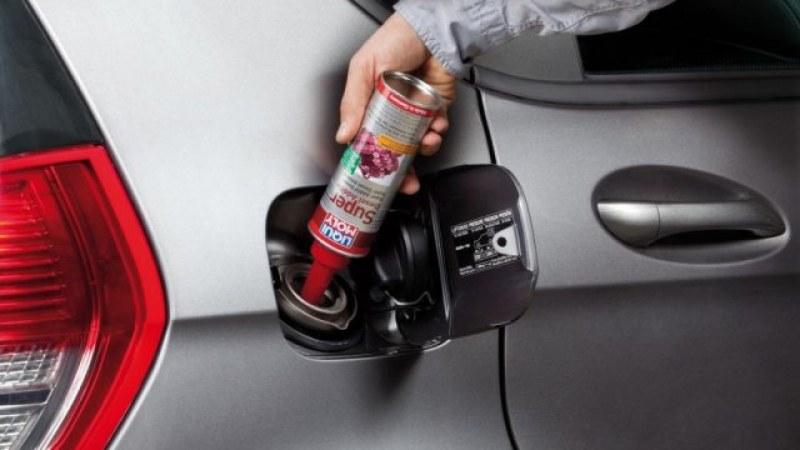 Карате дизел: Да сипем ли добавки през зимата? Колко? Полезни ли са?