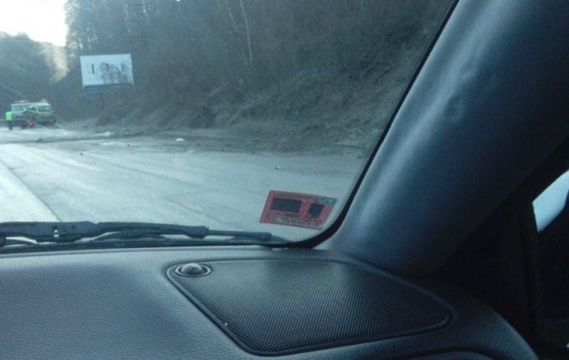 Навън е студено, МВР не спи, съветва шофьорите: Внимание, заледявания!