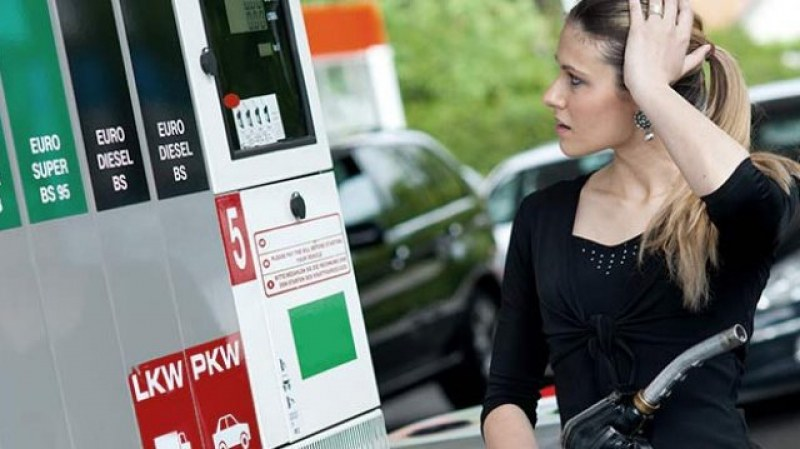Вместо бензин – дизел? Вижте как да избегнете повредите по колата!