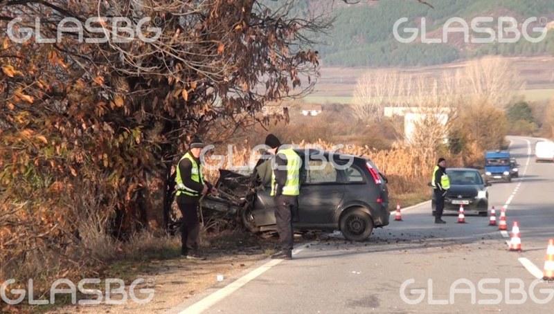Двама души са загинали при две тежки катастрофи край Пловдив
