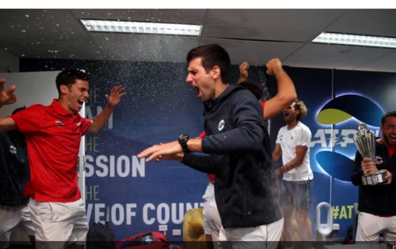 Защо Джокович пя