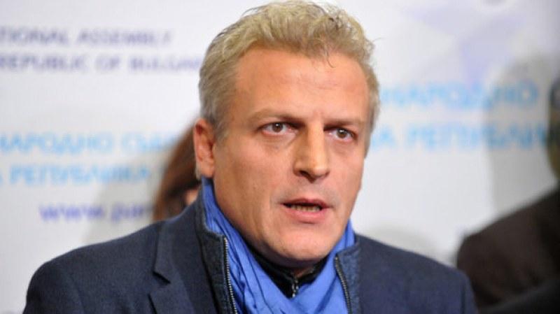 Петър Москов: Работодателите ще губят повече от наличието на непушачи