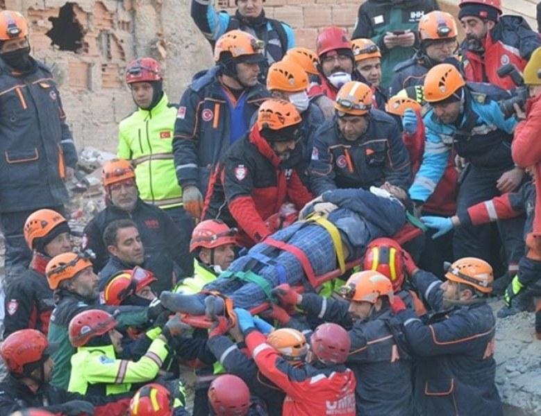 Последни данни: Загиналите в Турция са 29, ранените почти 1500