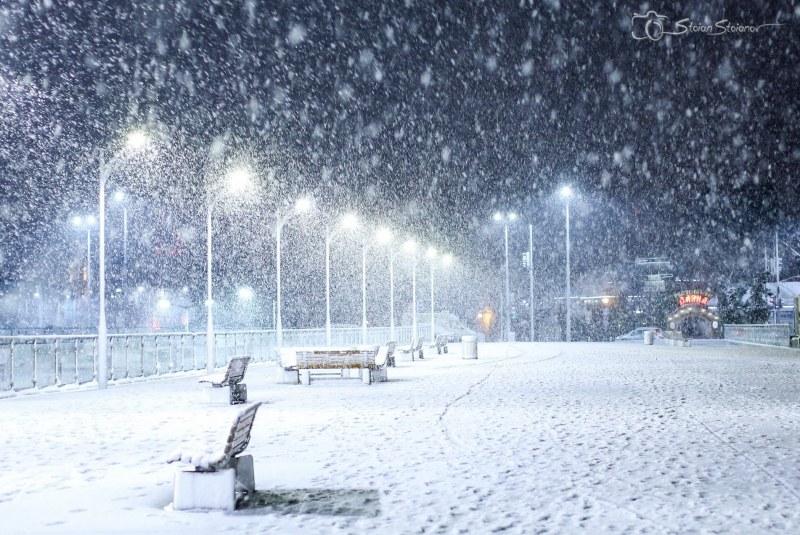 12 СНИМКИ на снежен Пловдив в този час