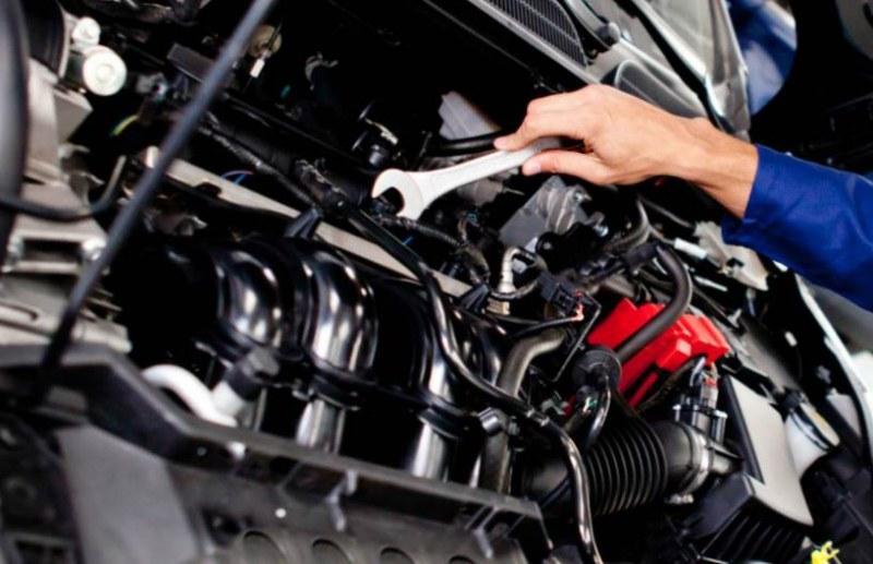Няколко причини, които могат да доведат до повреда в двигателя на колата