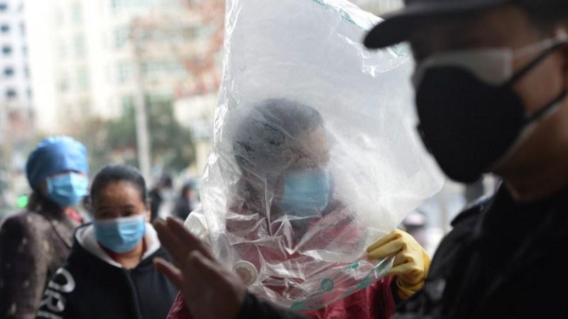 Заради коронавируса: Разстреляха мъж, за да не разпространи заразата
