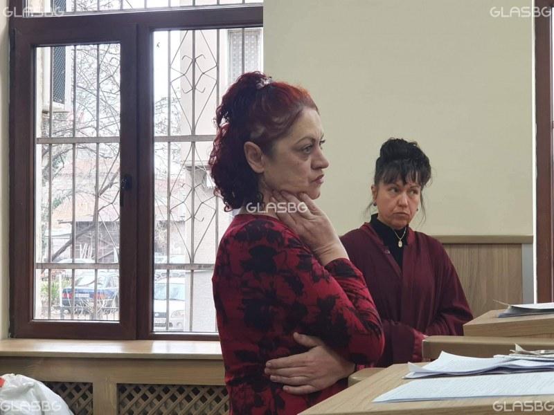 Пияната учителка от Хисаря вече е в съда! Очаква присъда