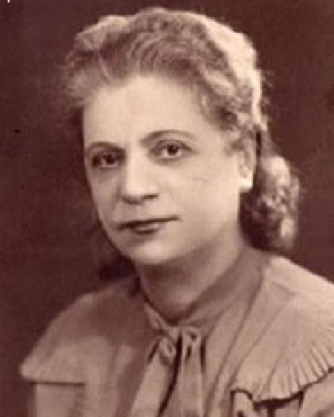 Карловка е първата българка, обиколила света. Коя е тя?