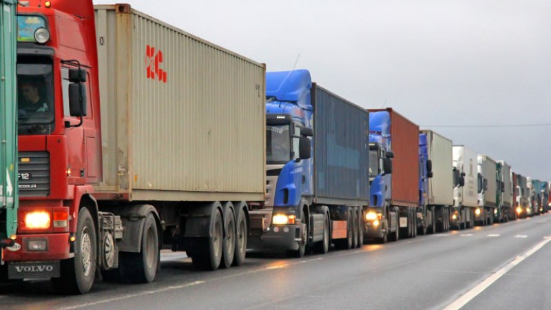 Пригответе се! Опашки от камиони по границата ще се вият от 1 март!